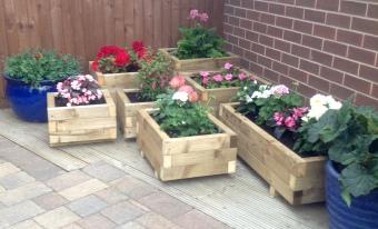 Peder's wooden planters