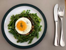asparagus and duck egg